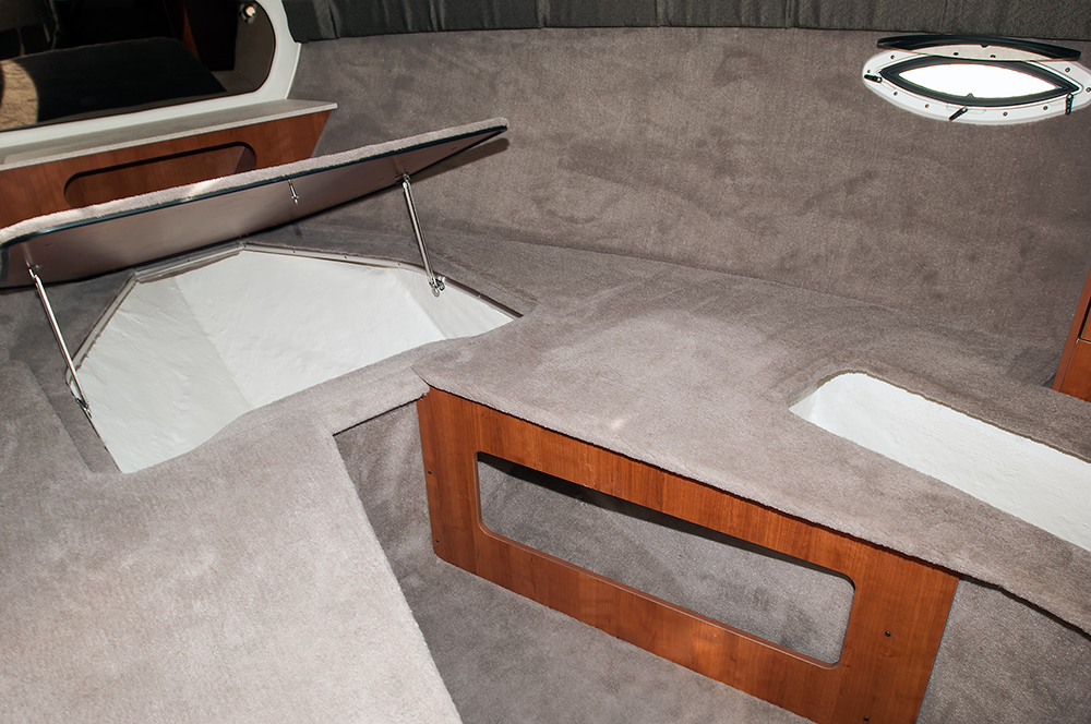 250cr_cabin_painted_compartments